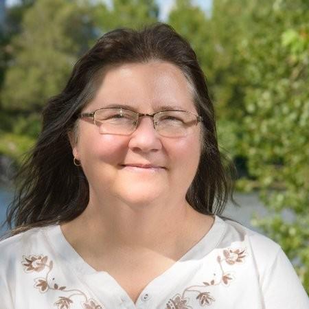 Mélanie J. Chursinoff